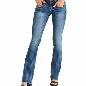 American Eagle Outfitter Stretch Slim Boot Cut Med Wash Med Rise Denim Jeans.